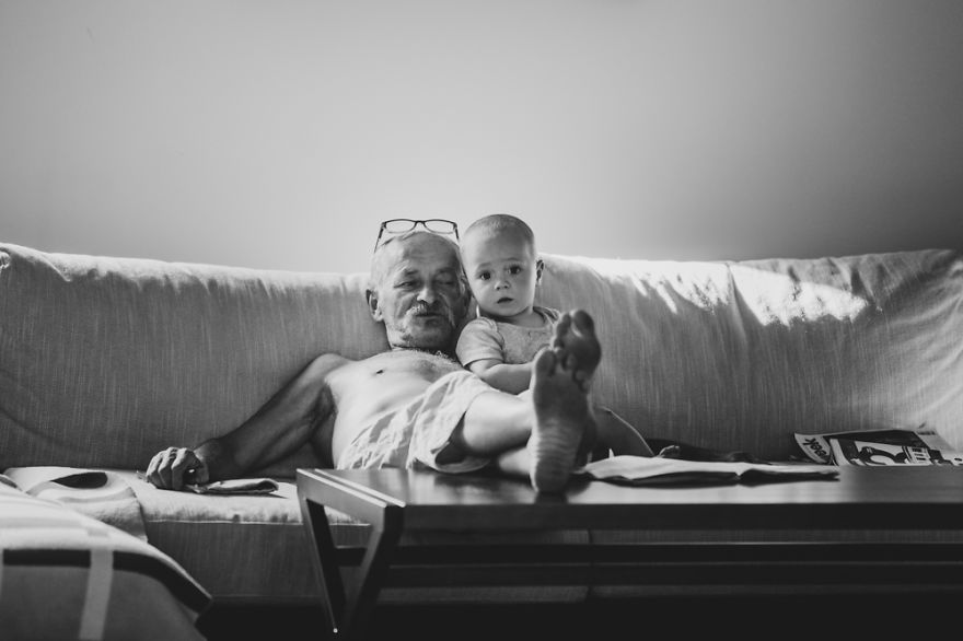 perfect-grandad-i-documented-my-dad-spending-time-with-my-little-monsters-15__880