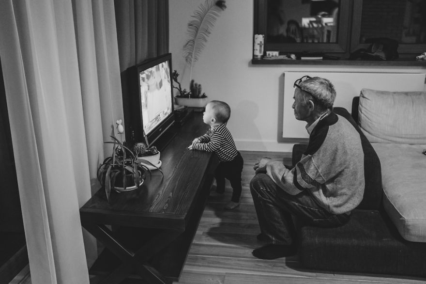perfect-grandad-i-documented-my-dad-spending-time-with-my-little-monsters-17__880