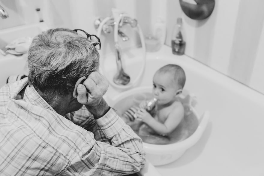 perfect-grandad-i-documented-my-dad-spending-time-with-my-little-monsters-4__880