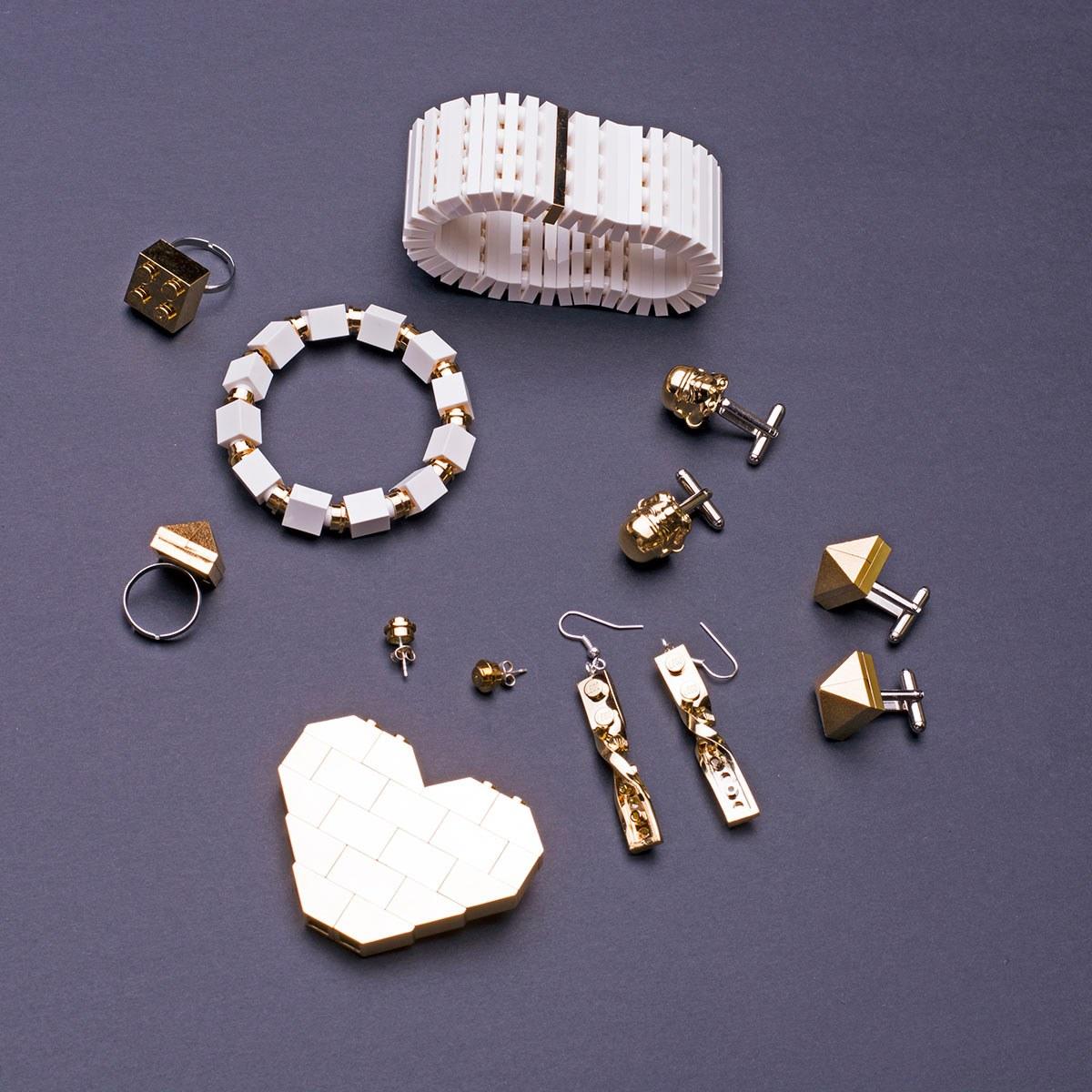 2dd005543c Τσάντες και κοσμήματα από επίχρυσα LEGO