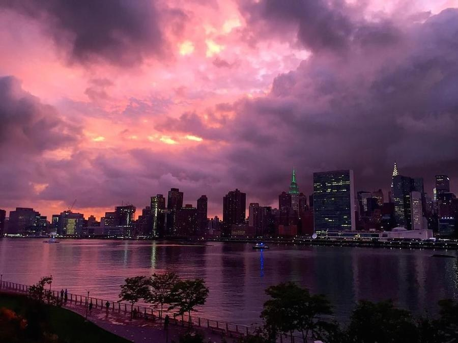 breathtaking-purple-sunset-over-new-york-0