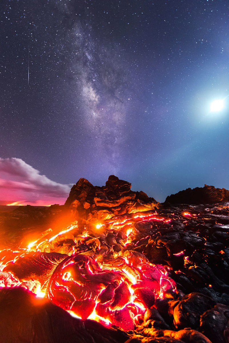 breathtaking-pictures-of-an-erupting-volcano-in-hawaii-2-1
