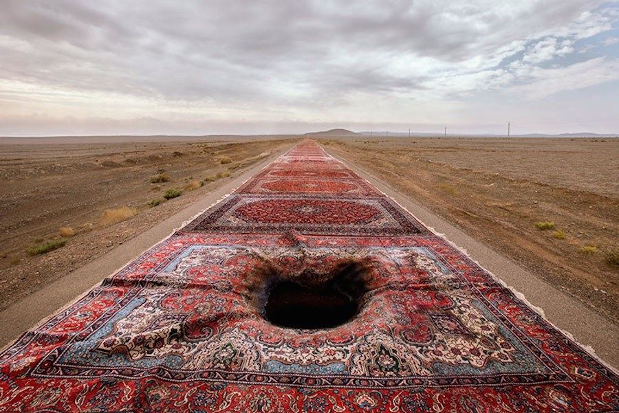 unexpected-photographs-with-persian-carpets-5