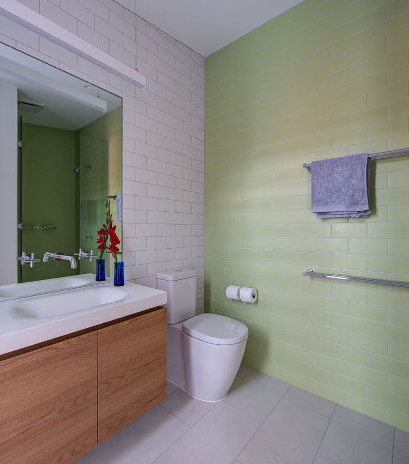 light-green-bathroom-231116-1041-09-1