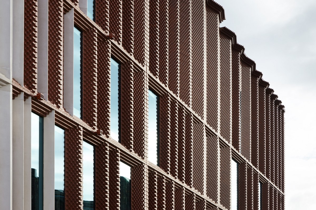 victoria-gate-by-acme-retail-architecture-leeds-uk_dezeen_2364_col_11