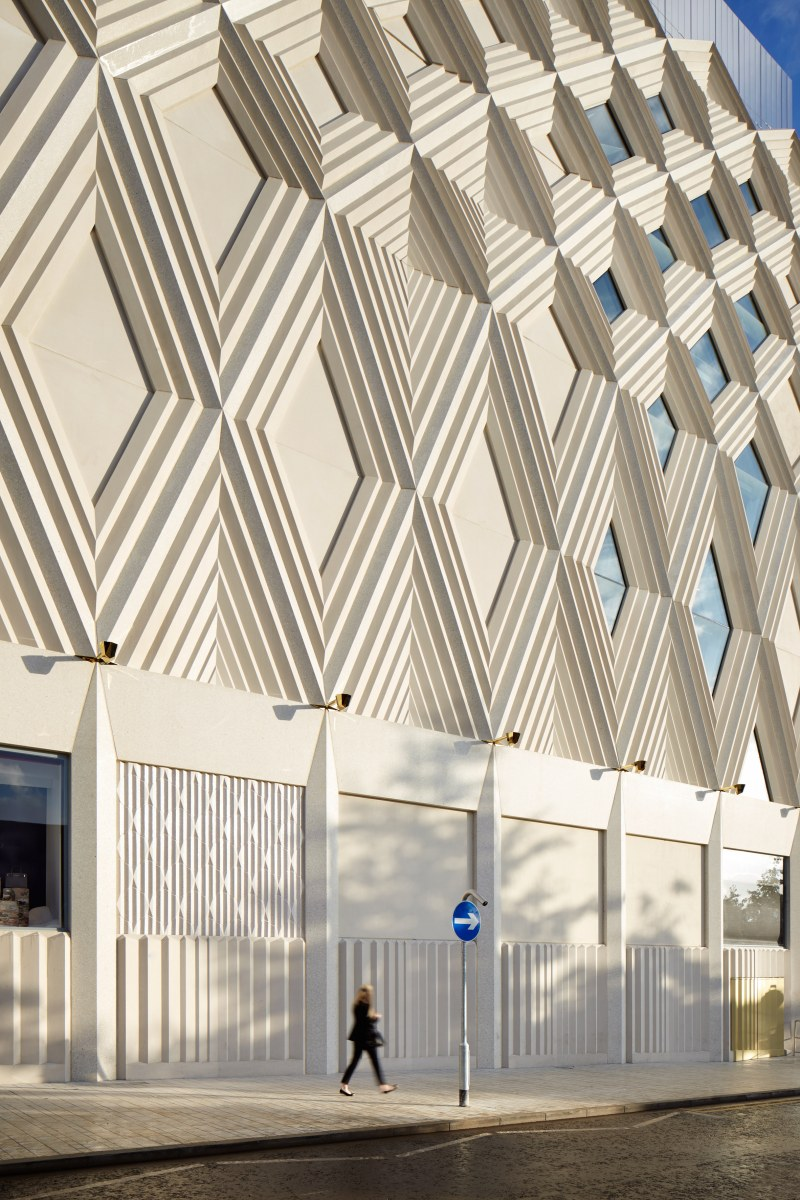 victoria-gate-by-acme-retail-architecture-leeds-uk_dezeen_2364_col_3