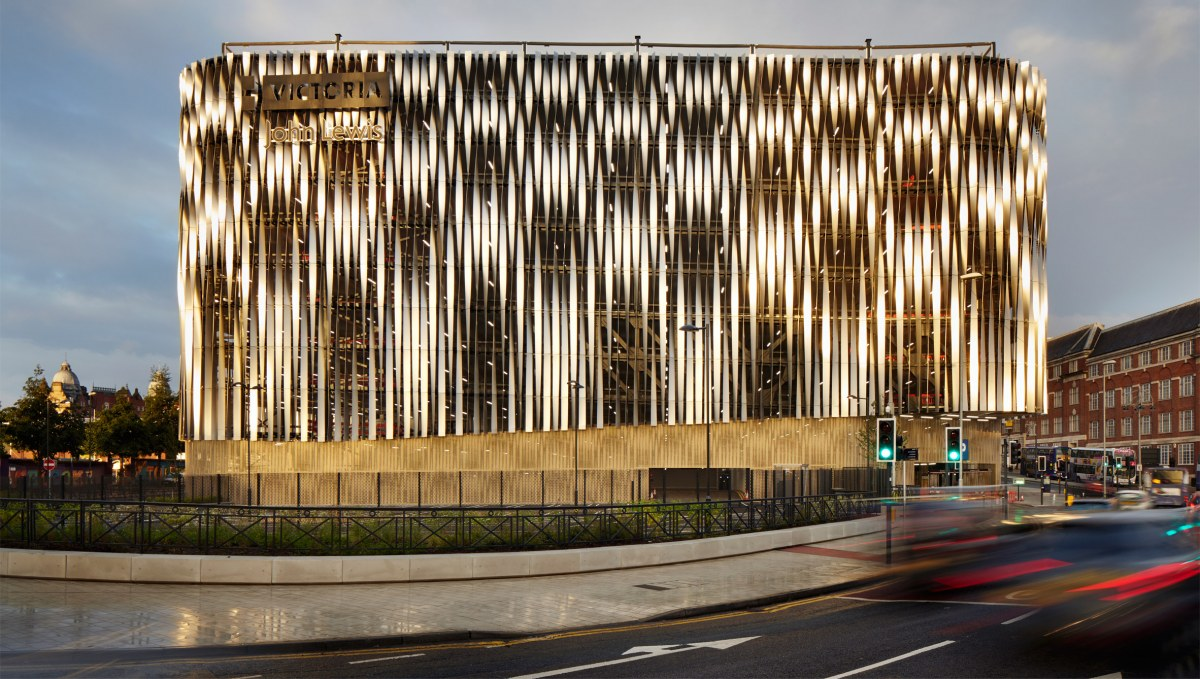 victoria-gate-by-acme-retail-architecture-leeds-uk_dezeen_2364_col_7