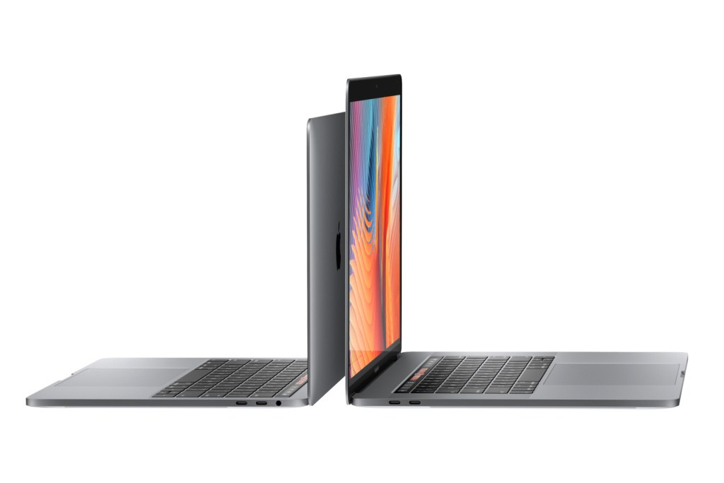 15-inch-macbook-pro-four-4k-monitors-001