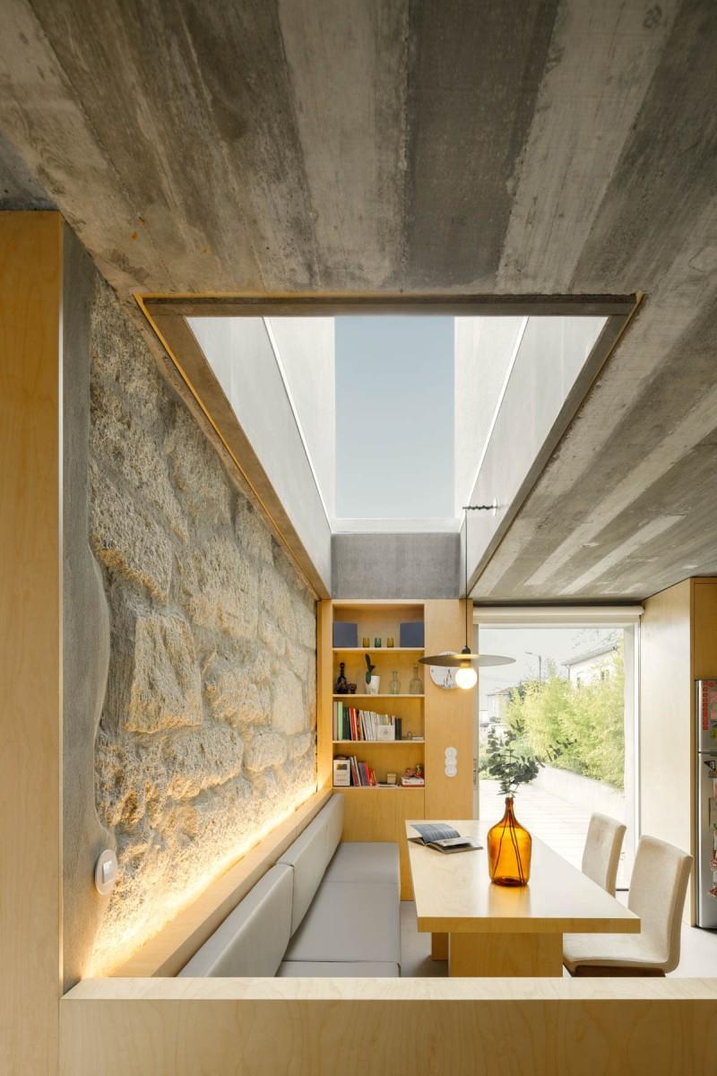 20200928 PAULO MERLINI ARCHITECTS CASA RIO PAREDES 048