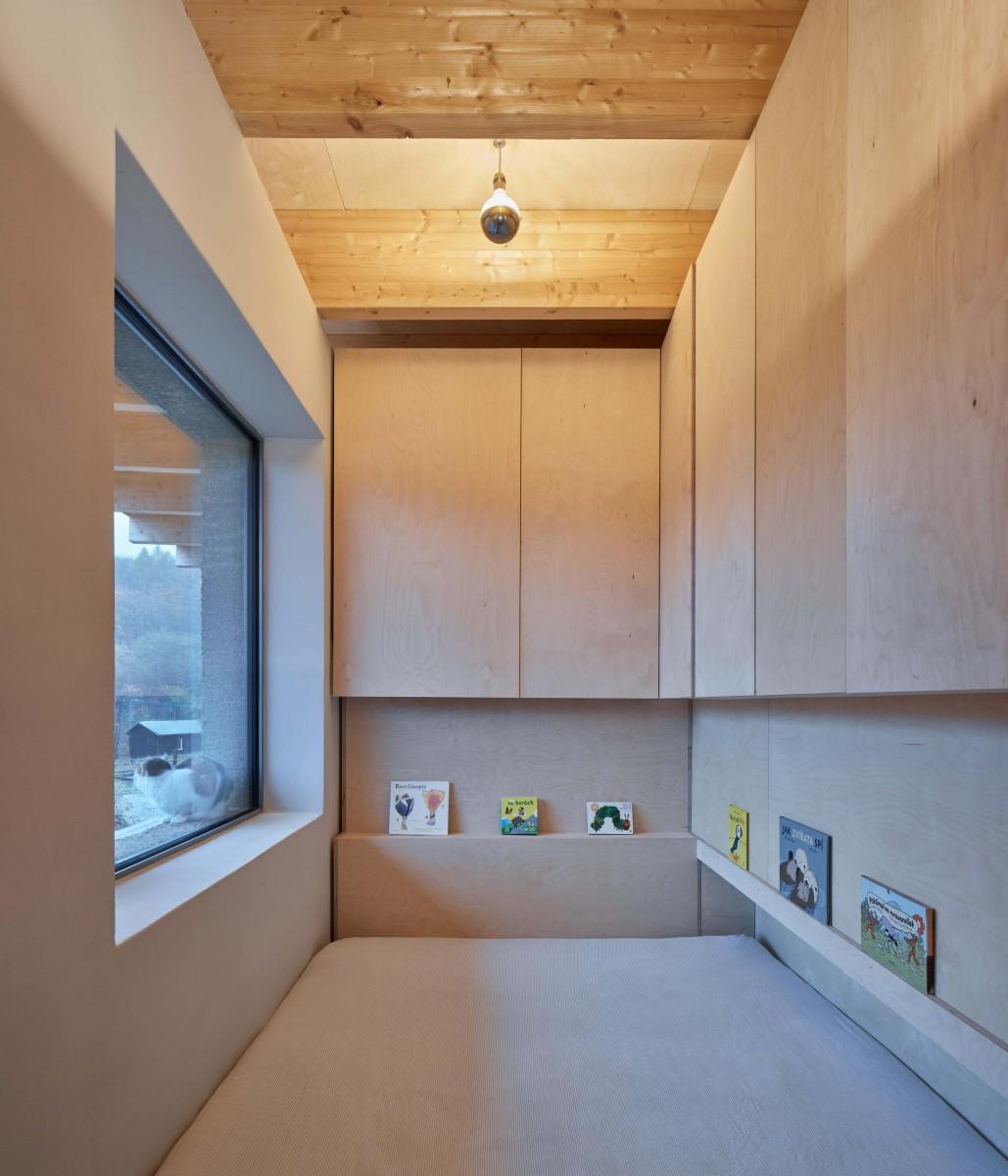 lina bellovic house lo boysplaynice 22