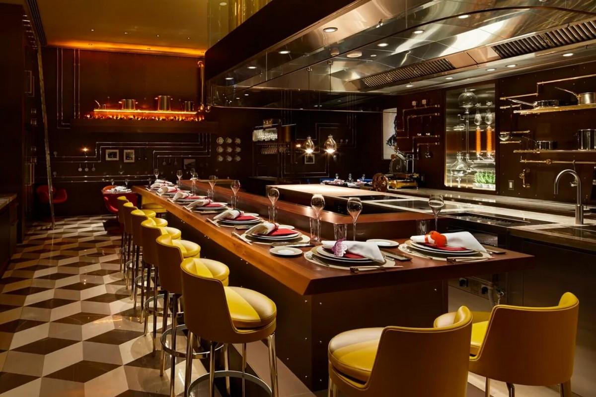 https hypebeast.com image 2021 02 louis vuitton first restaurant cafe osaka japan lvmh announcement 008