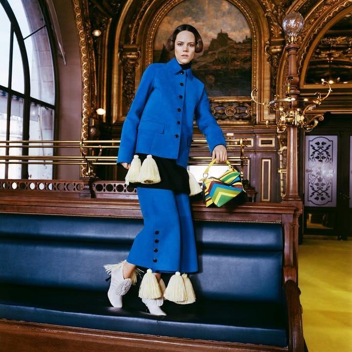 1614962219525518 loewe collezione donna autunno inverno 2021 showint the news lofficielitalia6