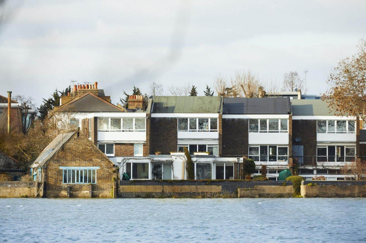 An artists home in St Peters Wharf Hammersmith W6 9