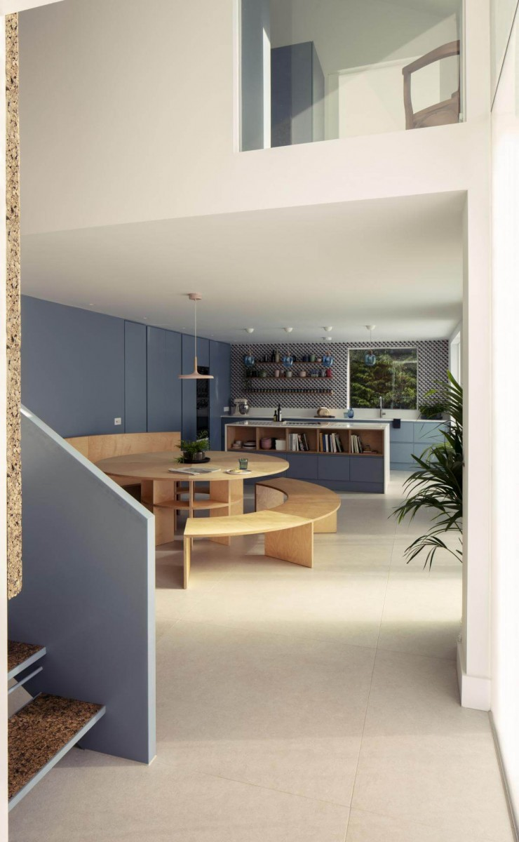 copy of 20 cherry tree house open plan family kitchen space and bespoke dining table guttfield architecture will scott