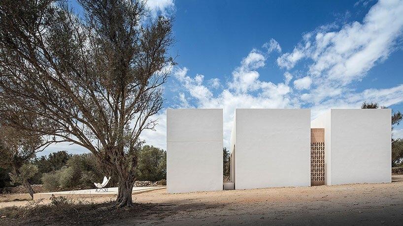 maria castello es pou house formentera spain designboom 03