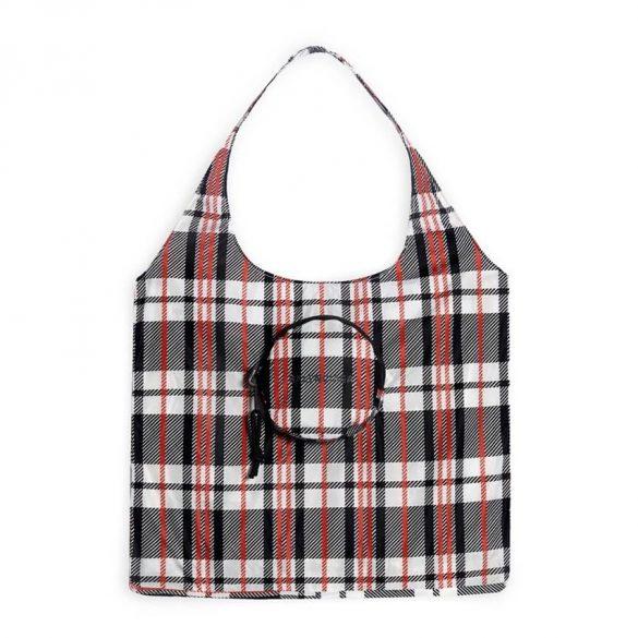 https hypebeast.com image 2021 05 balenciaga expandable grocery bag release info 1