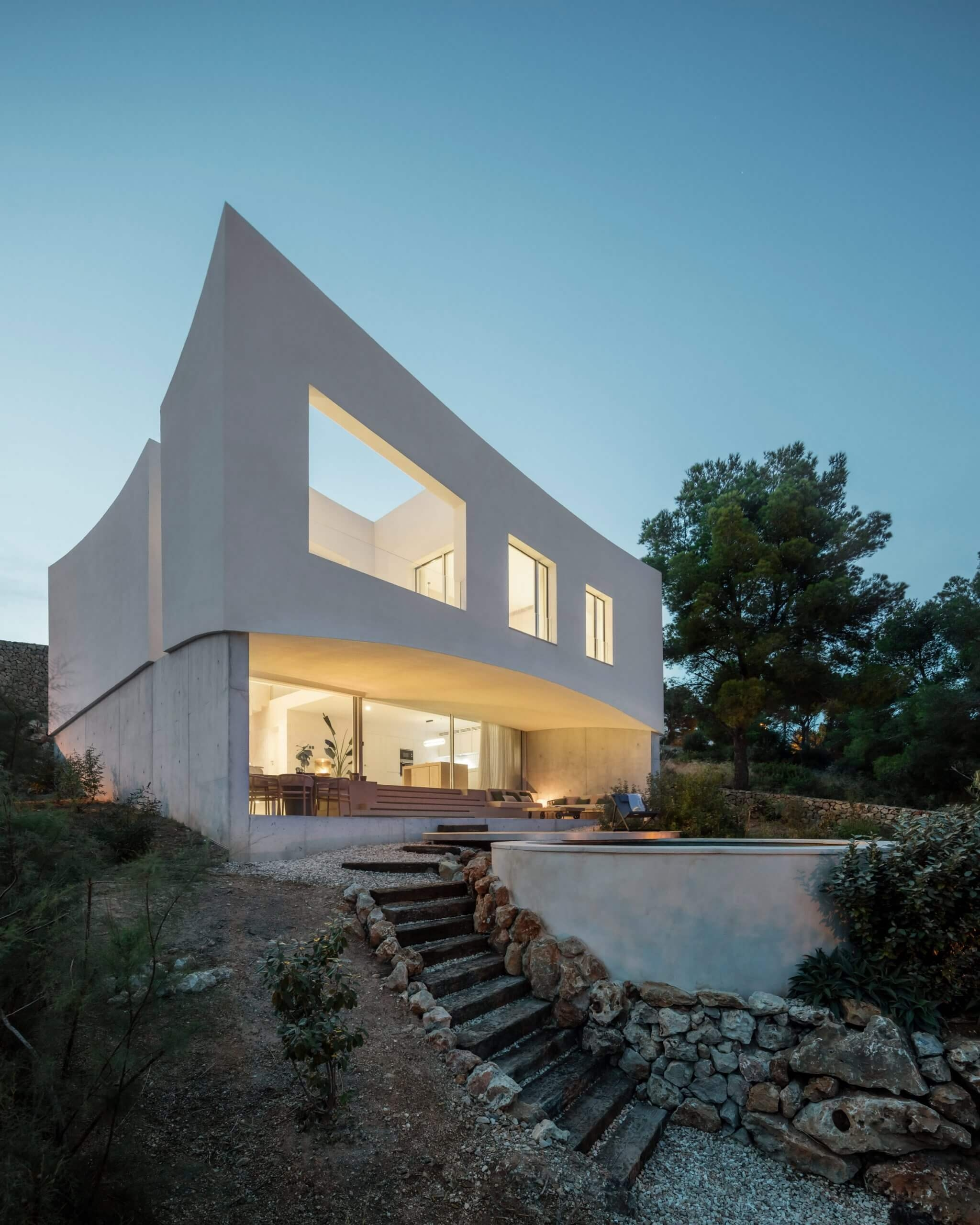nomo studio curved house menorca spain architecture residential dezeen 2364 col scaled 1