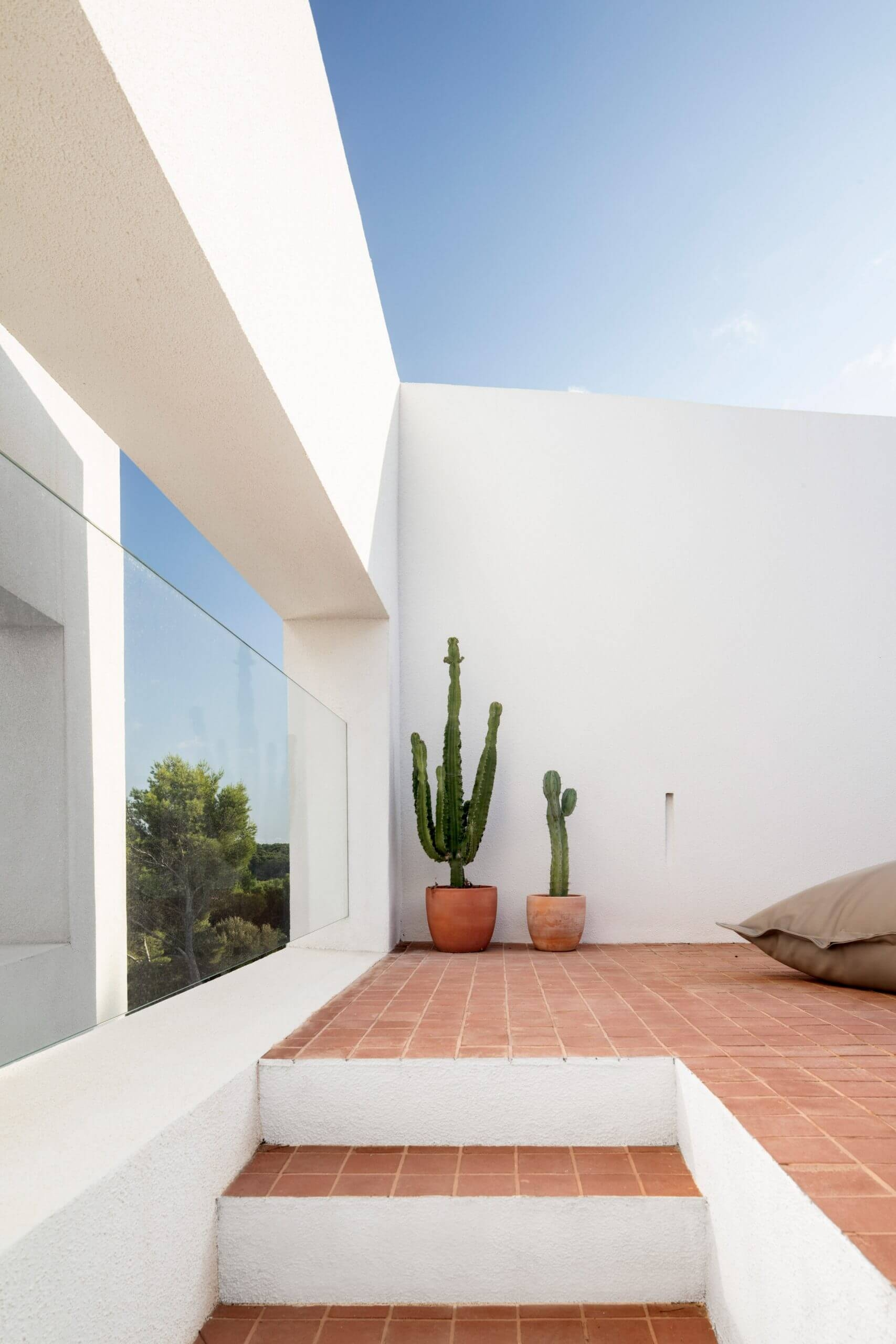 nomo studio curved house menorca spain architecture residential dezeen 2364 col 13 scaled 1