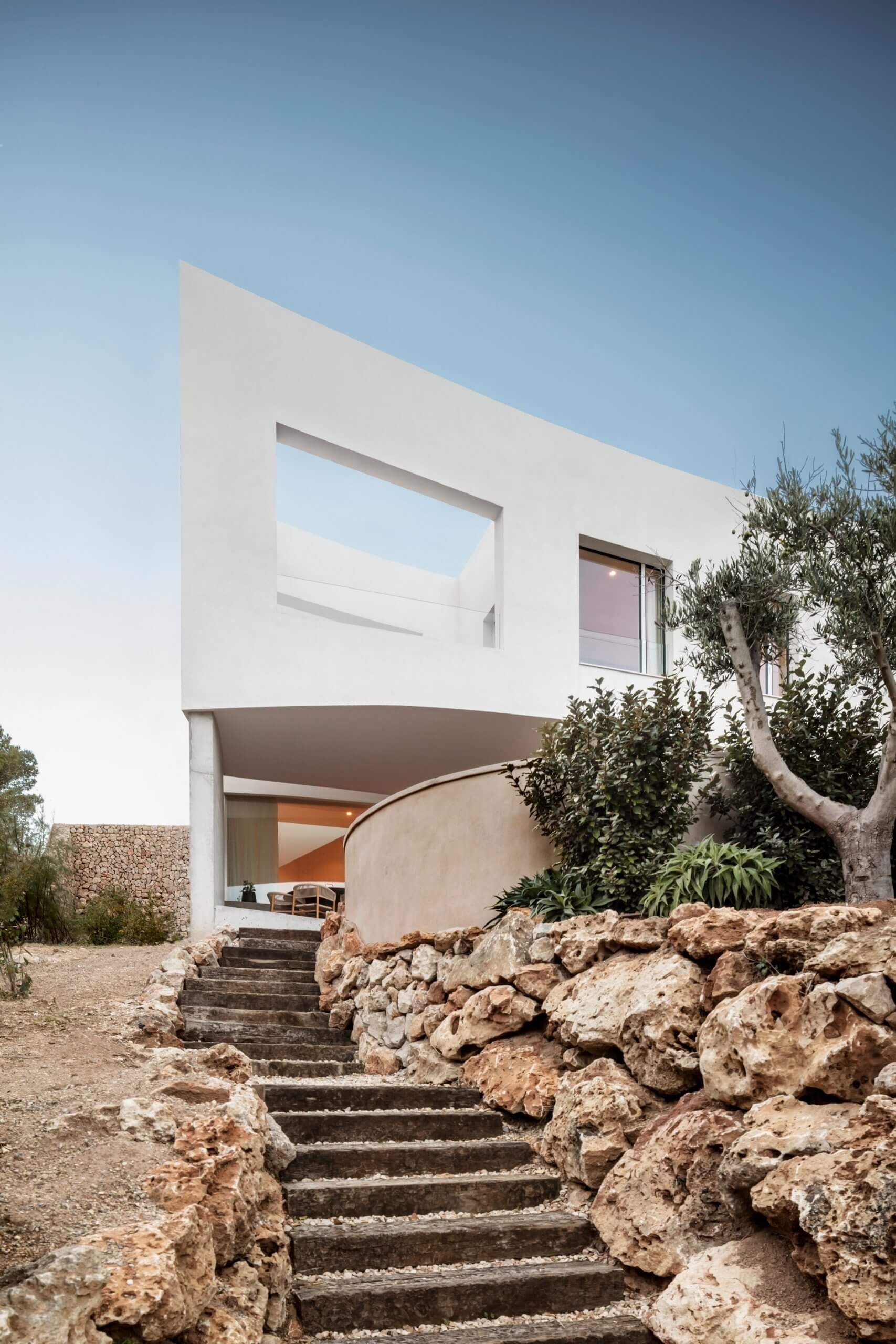 nomo studio curved house menorca spain architecture residential dezeen 2364 col 22 scaled 1
