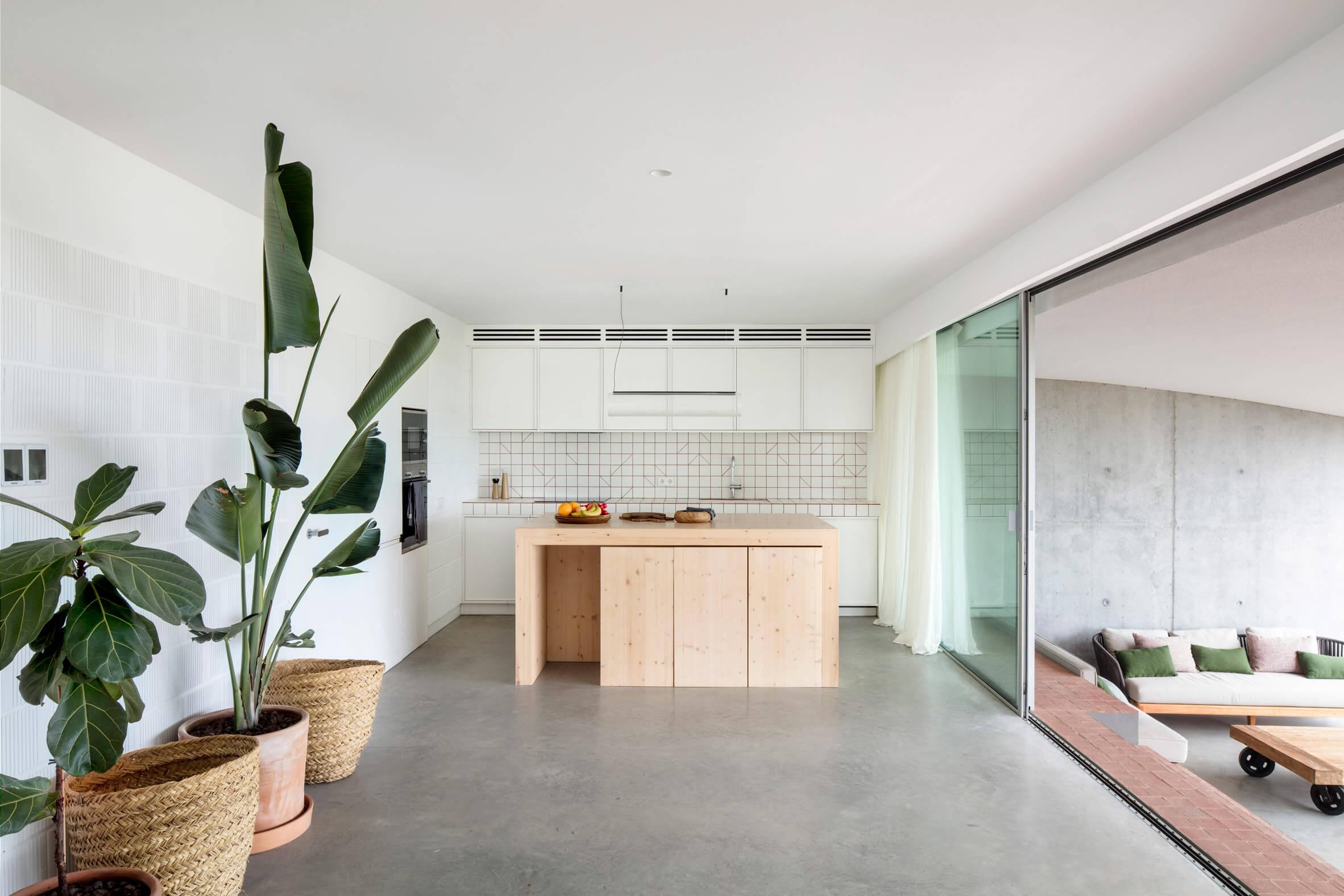 nomo studio curved house menorca spain architecture residential dezeen 2364 col 7