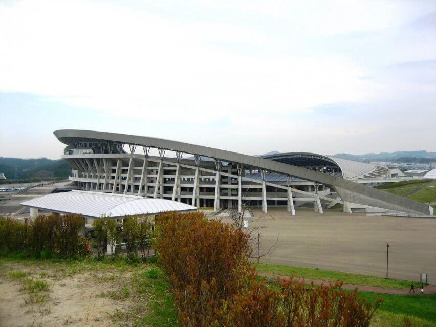 miyagi stadium shoichi haryu hitoshi abe olympic venues dezeen 2364 col 0 852x639 1