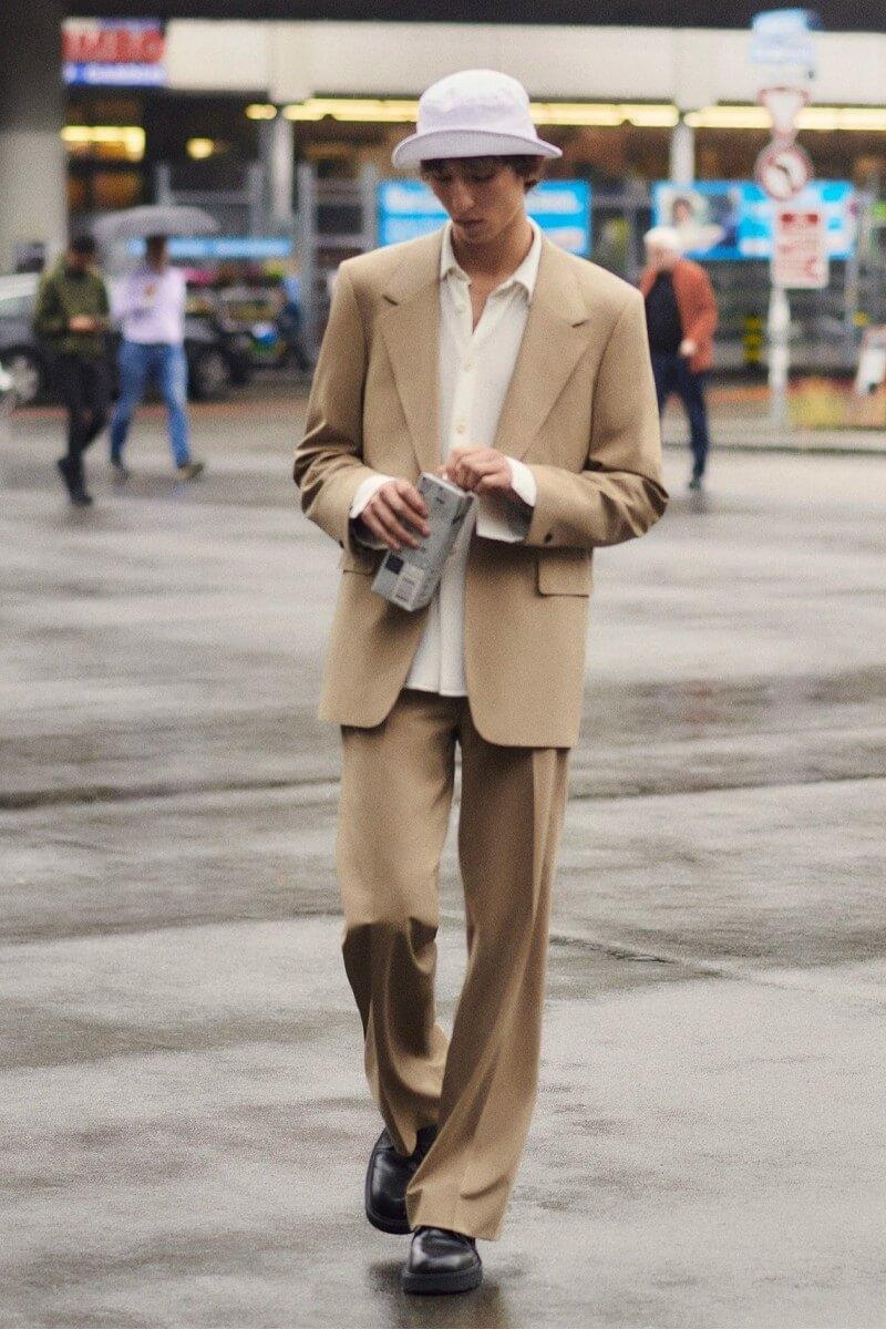 https hypebeast.com image 2021 09 sandro menswear spring summer 2022 lookbook 005